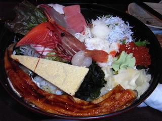 とびっちょたこ島海鮮丼.JPG