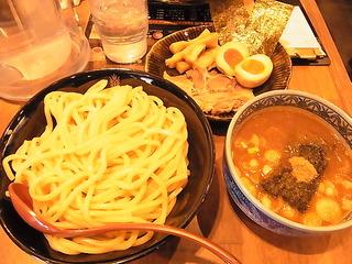 三田製麺所つけ麺トッピング四種盛り.JPG