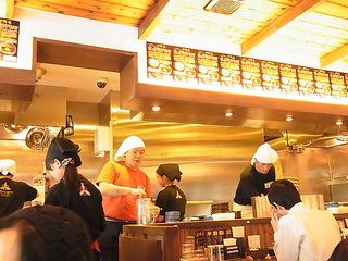 三田製麺所中野店店内.JPG