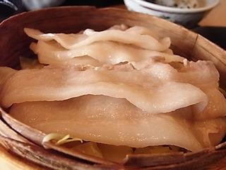 桜木町大釜ごはん銀のつぶら相模豚せいろ蒸し膳豚バラ三枚肉.JPG