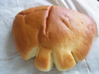 神楽坂亀井堂のクリームパン.JPG