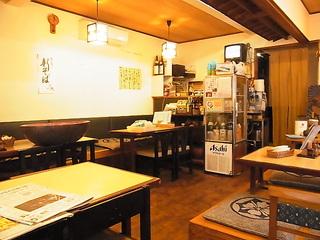 蕎麦屋はるき店内.JPG
