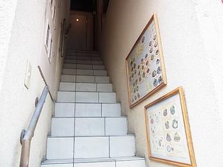 高崎デルムンド入口階段.JPG