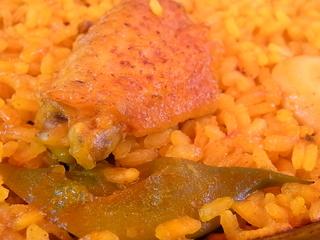ミゲル・フアニMIGUEL JUANIバレンシア風パエリア鶏肉とインゲン.JPG