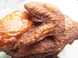 厚木肉ホルモンフェス2015鶏男名代鶏男の半身揚げ2.JPG