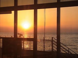 滑川光彩から眺める富山湾の夕日サンセット風景.JPG