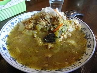 町田アッチャのBセット(チキンと野菜のカレー+オムレツ)1.JPG