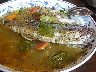 町田アッチャの魚カレー(サンマ).JPG