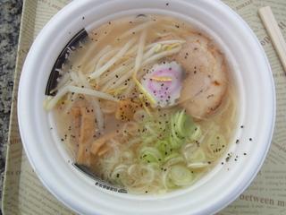 鳥取牛骨ラーメン2012.JPG